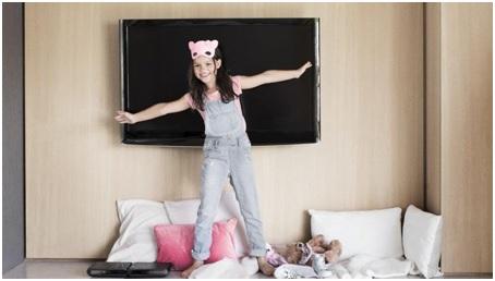 craquez pour une offre livebox fibre avec famille by canal chez orange. Black Bedroom Furniture Sets. Home Design Ideas