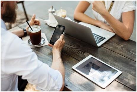 Les offres de parrainage des opérateurs mobile et Internet