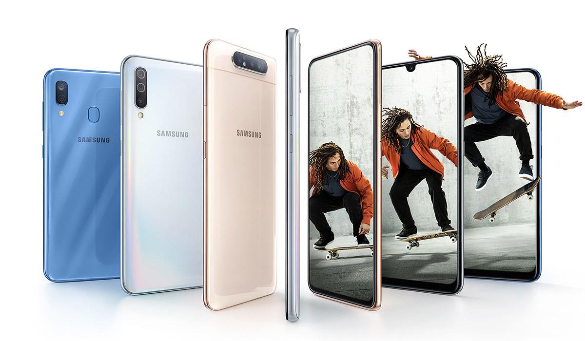 Téléphones Samsung de différentes couleurs