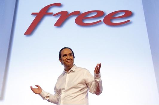 Vente privée Freebox, une surprise pour le mobile le 14 mars... Xavier Niel crée le Buzz !