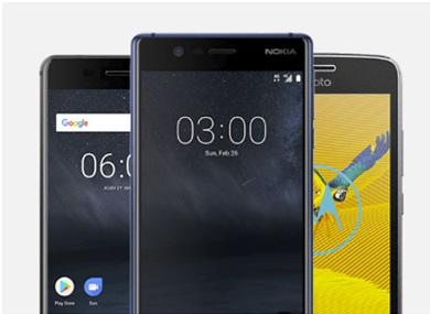3 smartphones vues de face