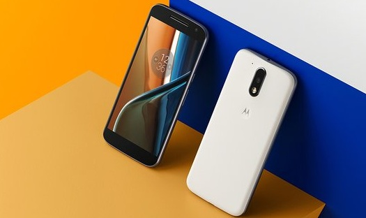 lenovo deux smartpohnes Moto G4 et G4 Plus