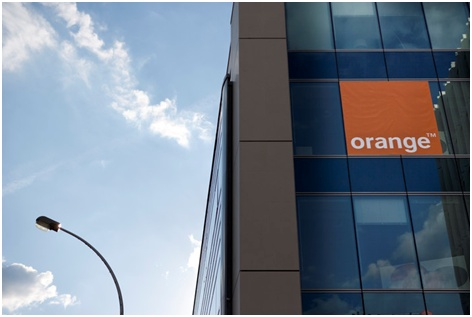 officiel-orange-prend-le-controle-de-groupama-pour-creer-orange-bank