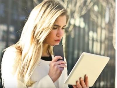 la-poste-mobile-vs-prixtel-quel-forfait-mobile-sans-engagement-avec-10go-choisir