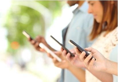 profitez-des-offres-red-by-sfr-ou-des-series-limitees-sfr-pour-votre-forfait-mobile-avec-data-a-petit-prix
