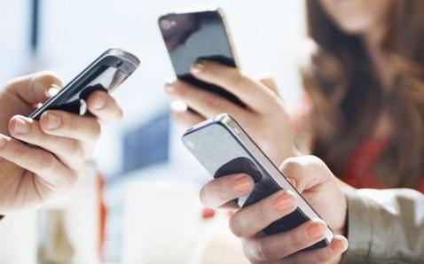 free-mobile-les-bons-plans-smartphone-pour-profiter-de-vos-50go-d-internet-4g