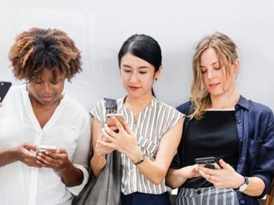 Free Mobile, SOSH, RED by SFR et B&You : Le top des forfaits incontournables pour les Soldes